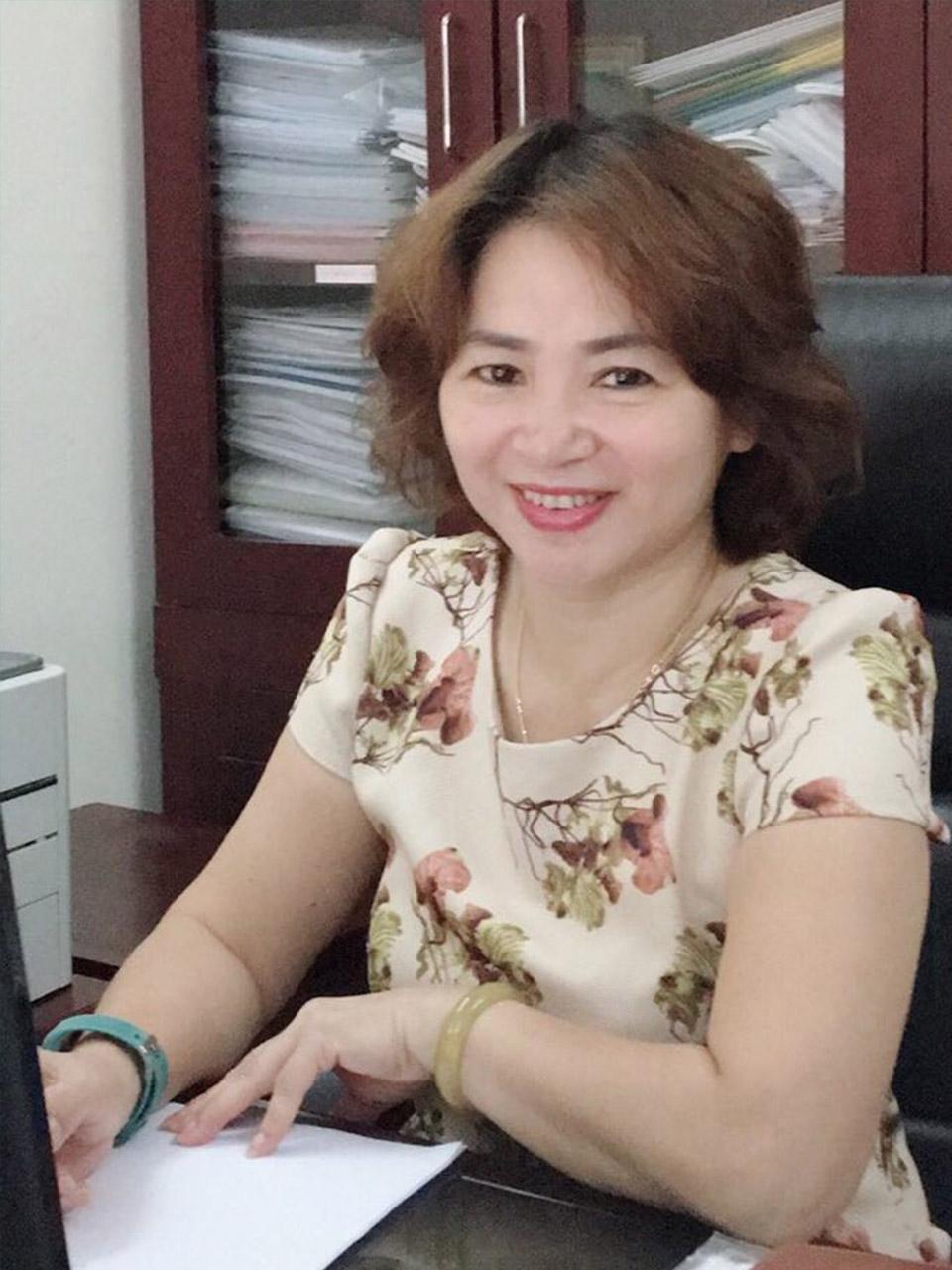 Cô Đỗ Thị Bạch Hoa