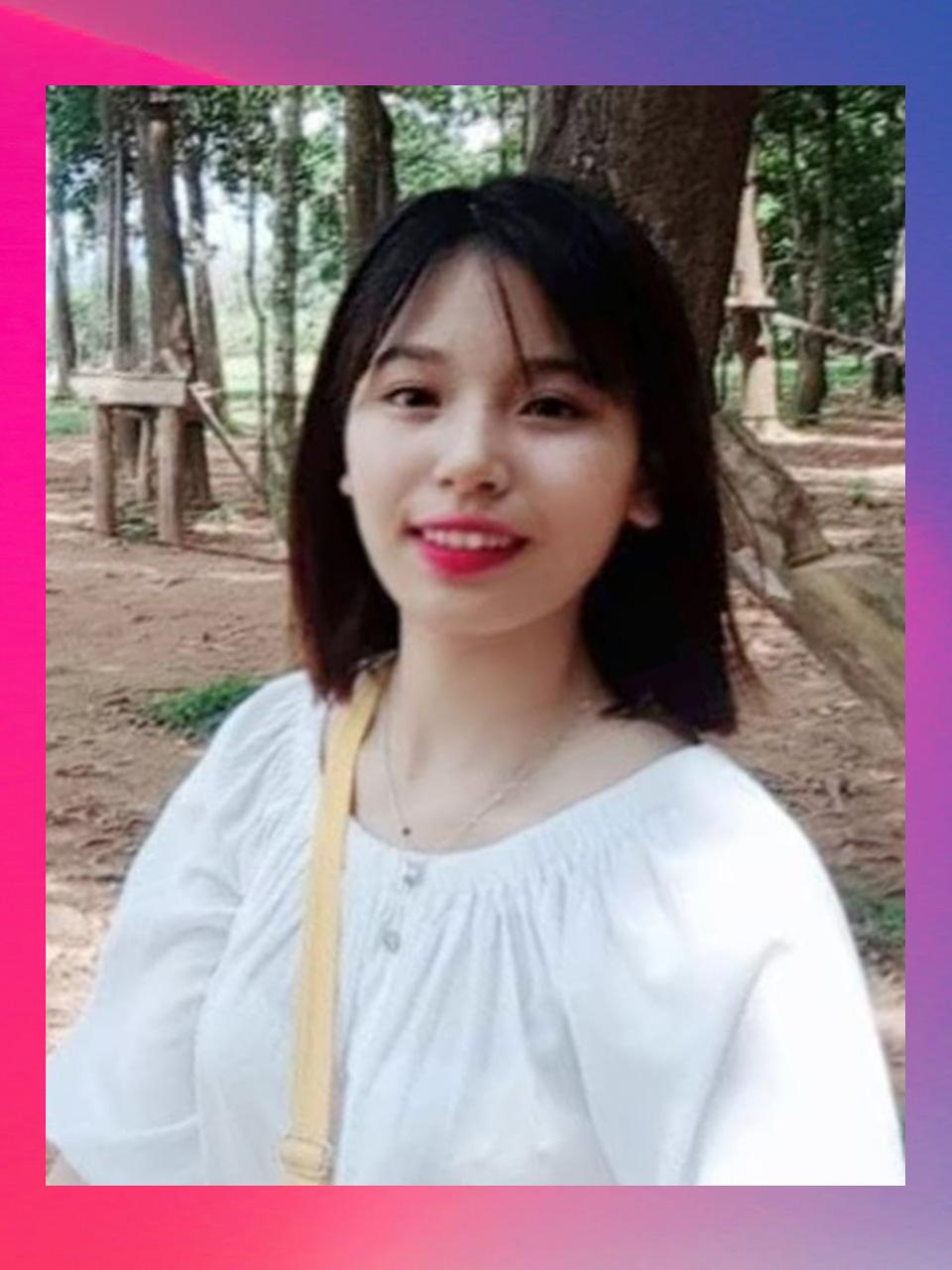 Cô Phạm Ngọc Vân
