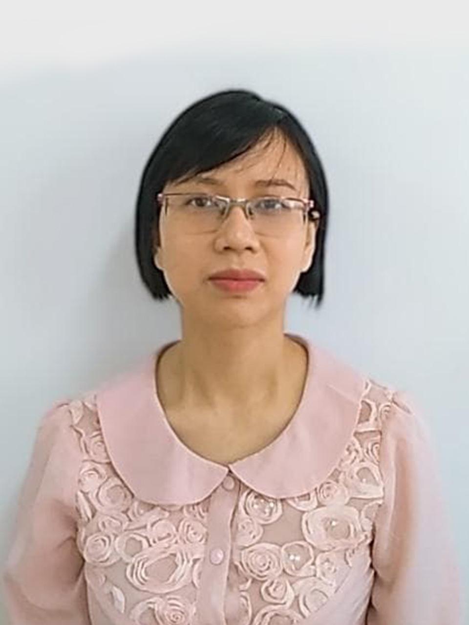 Cô Phạm Thùy Linh