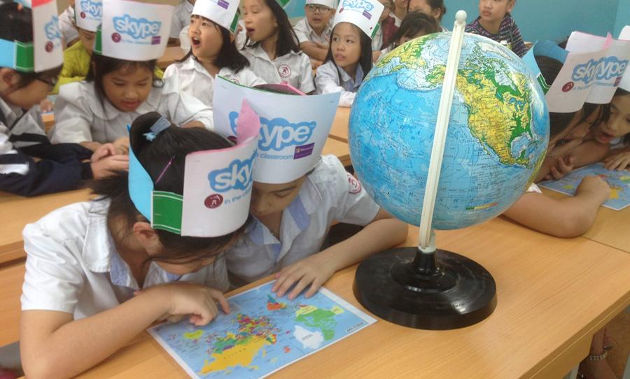 Skype in the classroom – Quatar, Philipine, và Thái Lan, Nam Phi và Cộng hoà Séc